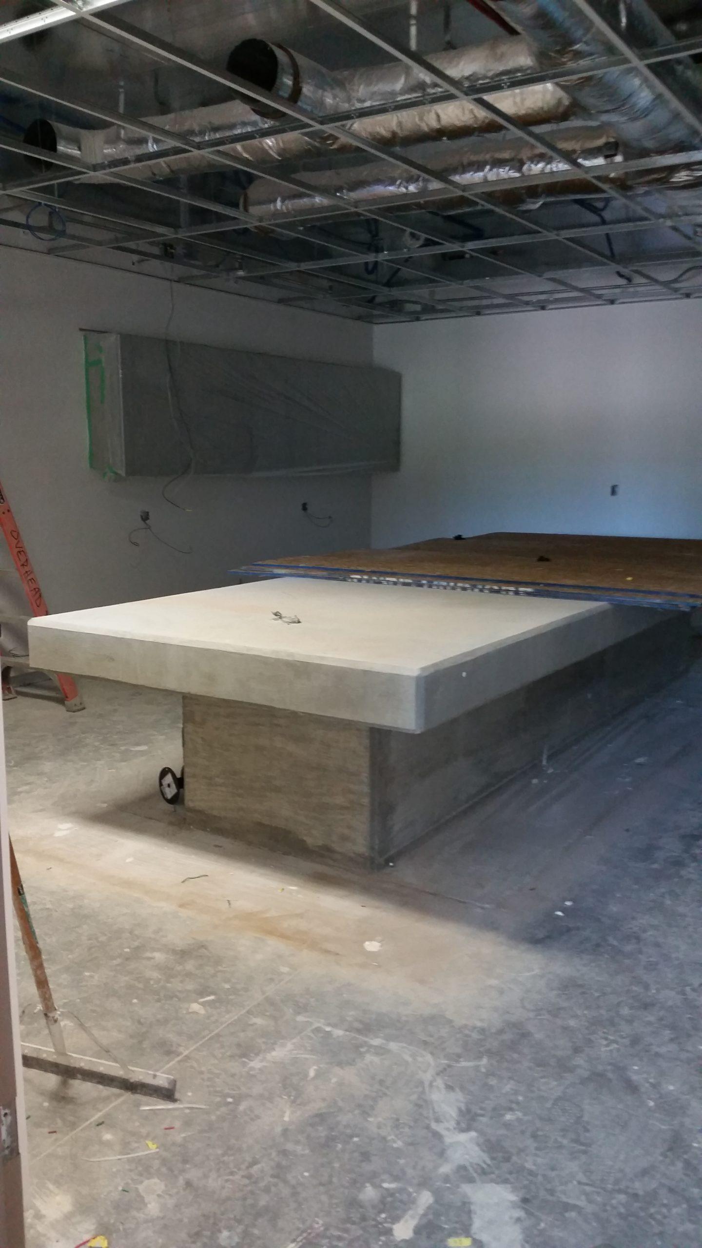Mass Lab Table